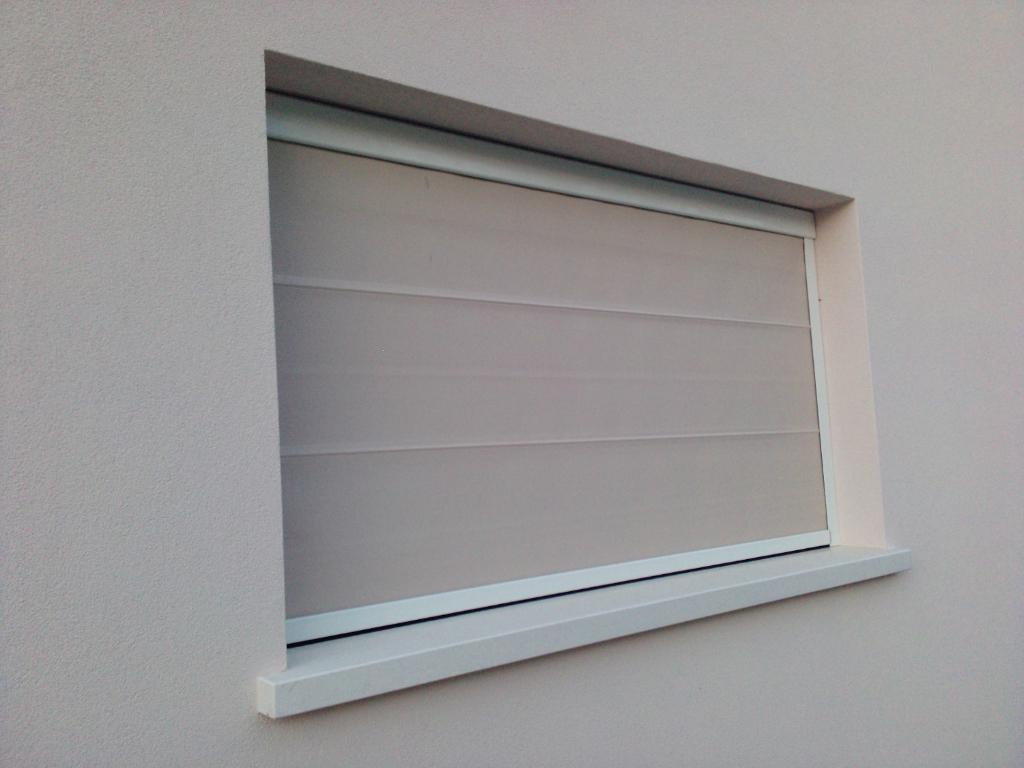 Oscuranti e frangisole murarotto serramenti - Pellicole oscuranti per finestre ...