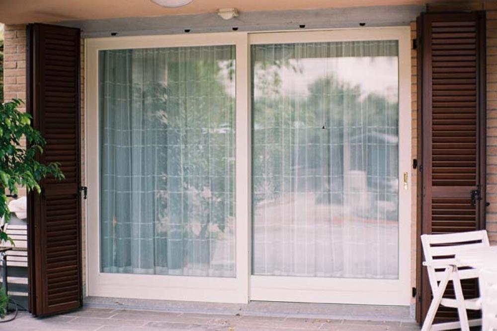 Prezzi scuri in pvc scuri in pvc with prezzi scuri in pvc - Scuri per finestre in alluminio prezzi ...